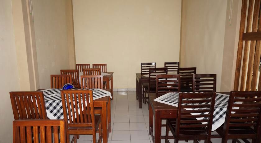 Emdi House Hotel YogyakartaEmdi House Hotel Seturan